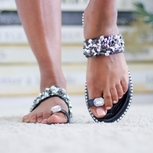 Rhinestone toe ring flat sandal