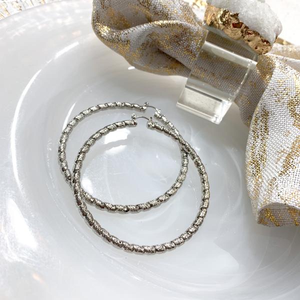 shimmer hoop earrings (silver)