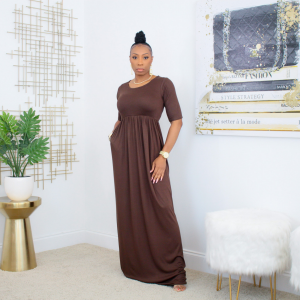 short sleeve maxi dress with pockets (chocolate)