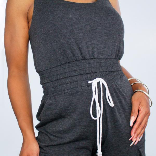 Sleeveless Top and Jogger Pants Set (Charcoal)